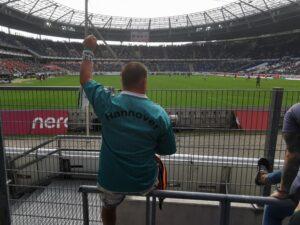 Hannover v St Pauli